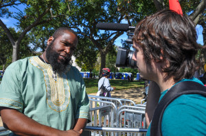 News2Share's Ford Fischer speaks to Umar Johnson